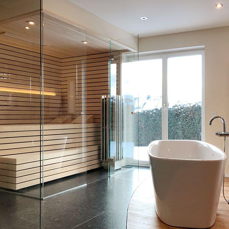 Wohlfuhloase Nach Mass Die Elegante Und Hochwertige Koerner Sauna Lineus In Einem Modernen Wellnessbad Integriert Badezimmer Beispiele Wellnessbad Sauna