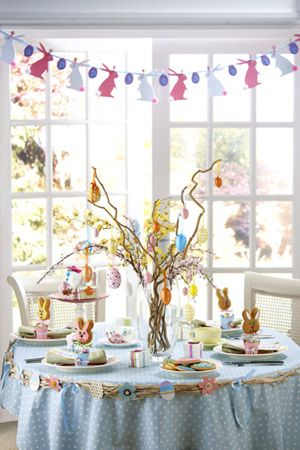 What a fun table setting...love the whimsical centerpiece and the bunny bunting  sc 1 st  Pinterest & What a fun table setting...love the whimsical centerpiece and the ...