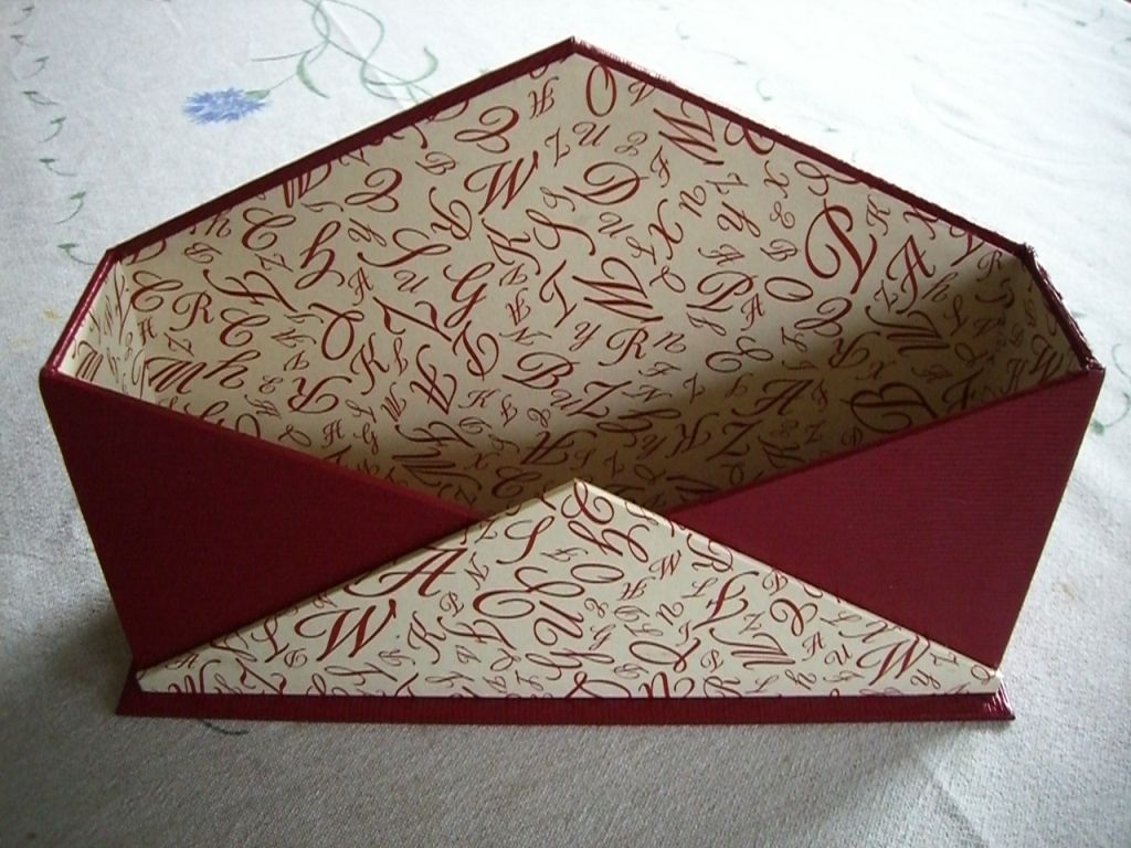 range courrier en cartonnage cartonnage pinterest range courrier cartonnage et ranger. Black Bedroom Furniture Sets. Home Design Ideas