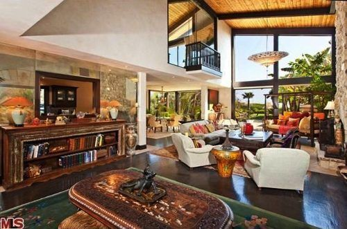 Goldie Hawn and Kurt Russell Unload Malibu Home for $9.5M ...