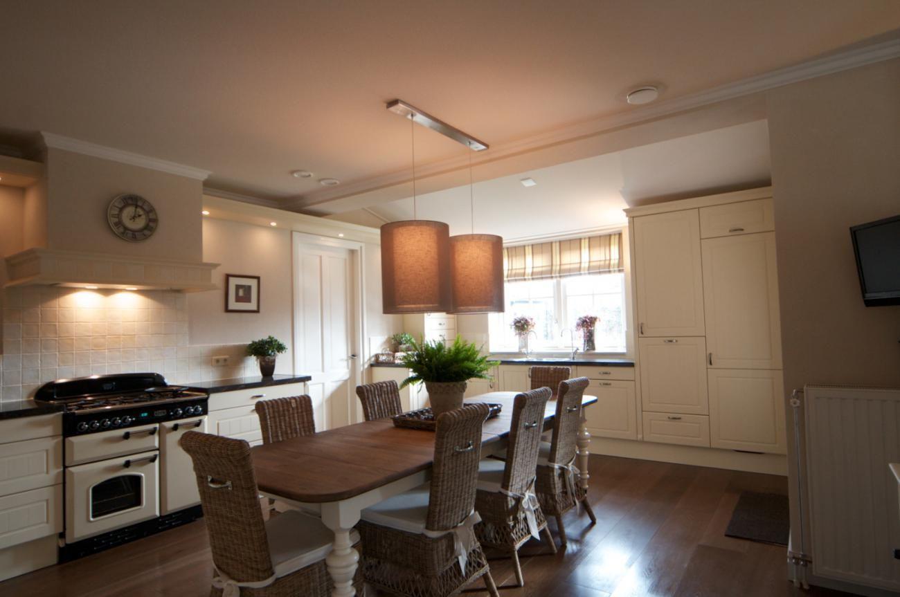 Keuken Oud Riet : Deze landelijke keuken staat goed in een mooie landelijke woning