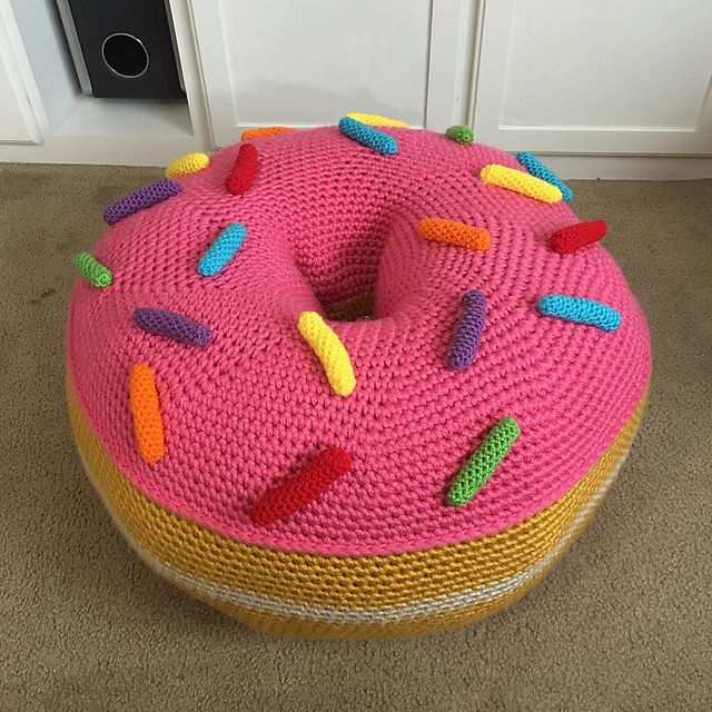Free Crochet Pattern For Doughnut Floor Pillow Twinkie