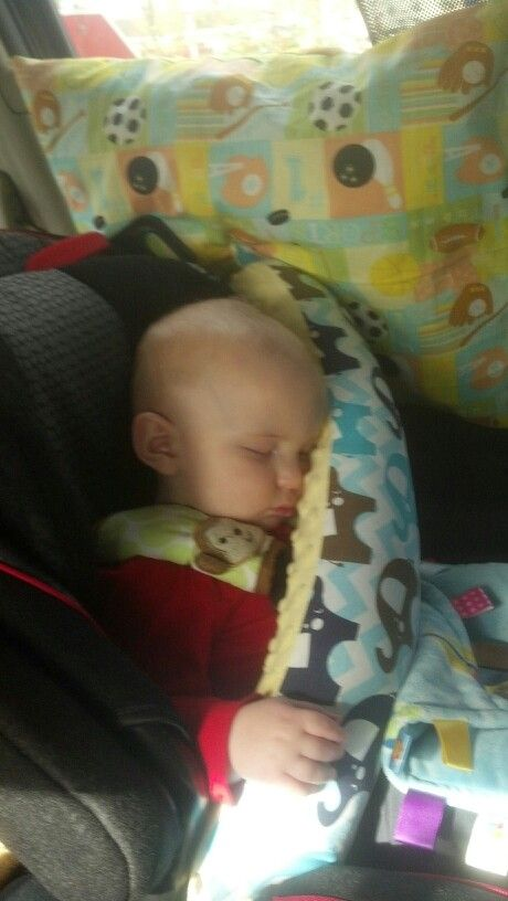 Easy Infant/Toddler Car Seat Pillow | Sewing projects | Pinterest ...