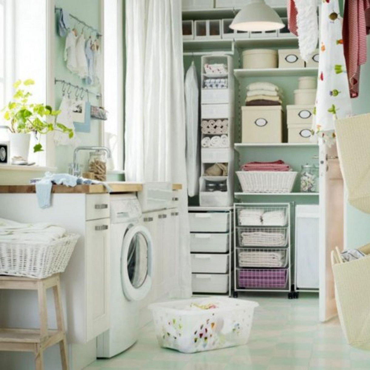 Cute Laundry Room Decor Small Laundry Room Design With Vintage Decorating Style Also Cute