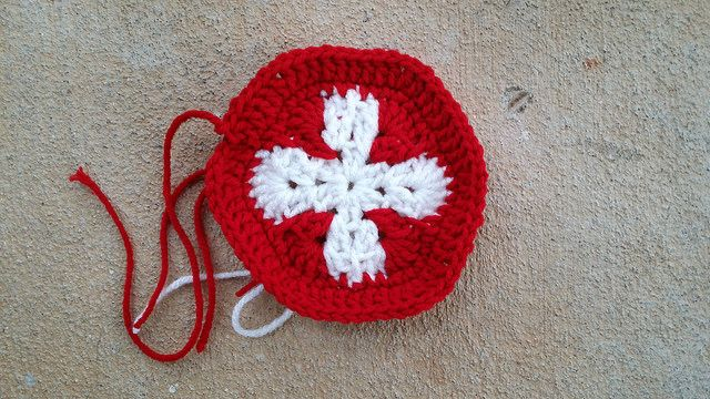 Flag of Switzerland, crochet hexagon, crochet soccer ball, crochetbug, 2014 world cup