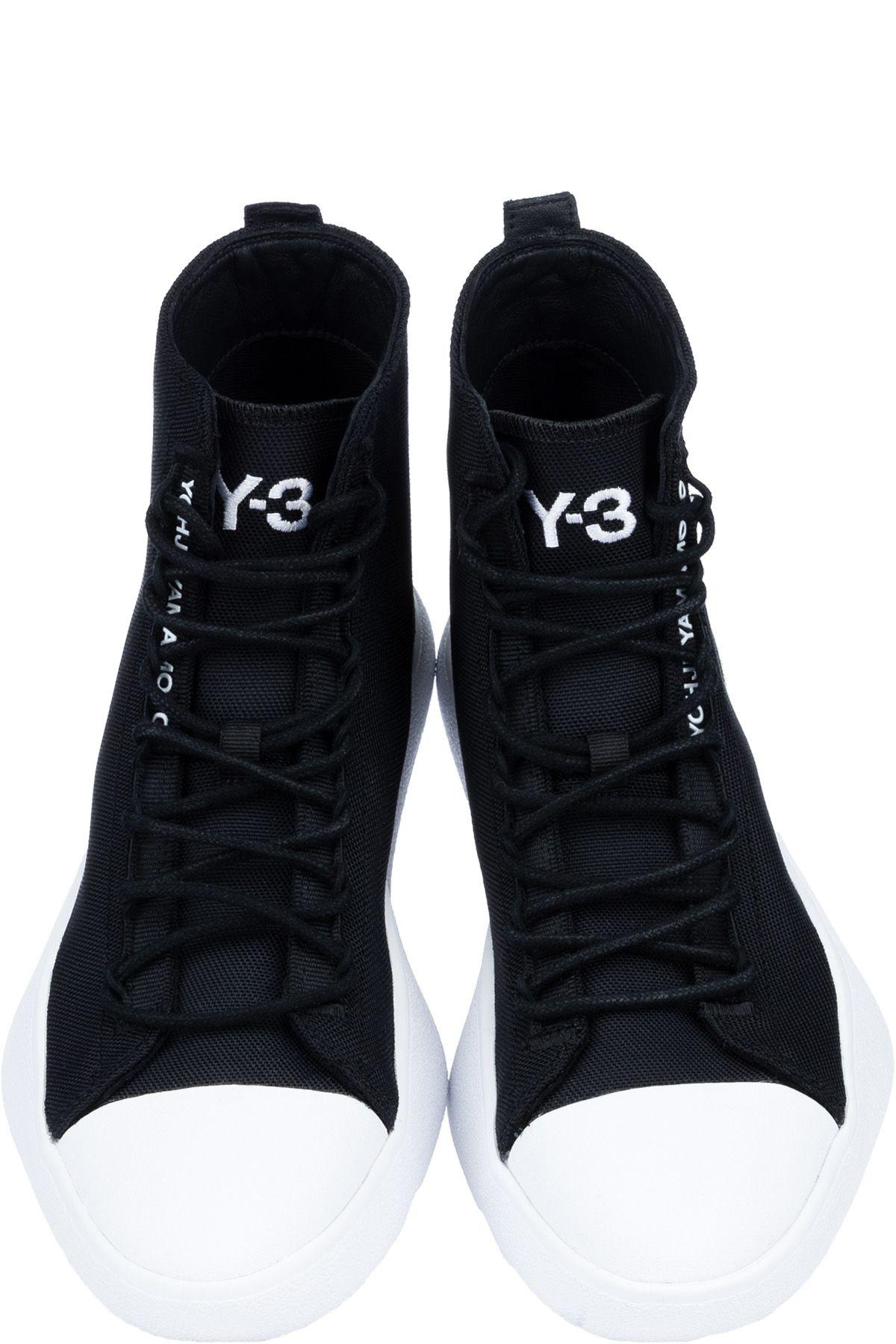 Adidas Originals: Junn.J ZX 8000 mid - Black | influenceu