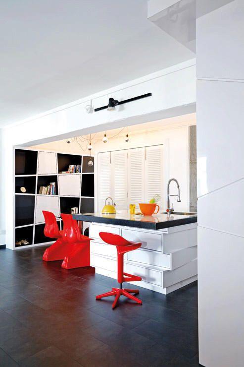 7 Amazing Hdb Flats In Sengkang And Punggol  Open Concept Captivating Kitchen Design Singapore Hdb Flat Inspiration Design