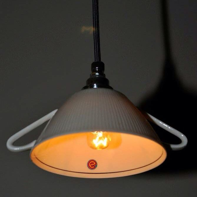 eigethijs hanglampje