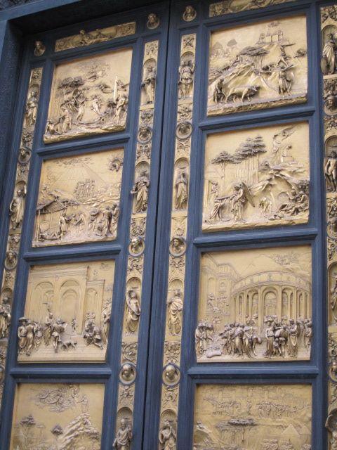 Gold door, Duomo, Florence, Italy THIS WAS SOOOOO AMAZING ...