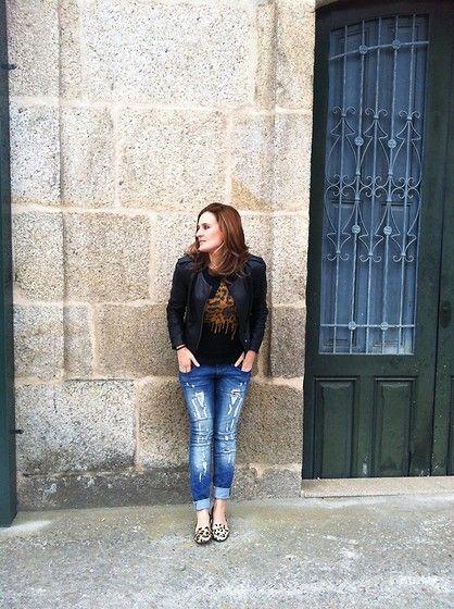 Cazadora de cuero (by Marta Antolinez) http://lookbook.nu/look/3325115-Cazadora-de-cuero