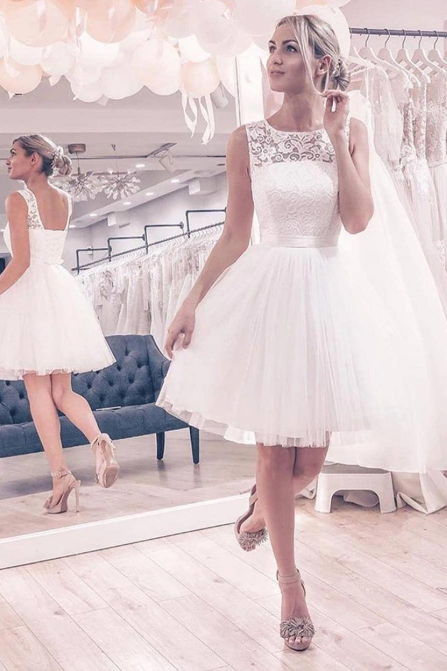 Cute Short White Wedding Dress Weddingdresses Bridalgown Simpleweddingdress Short White Dress Wedding Knee Length Wedding Dress Ball Gowns Wedding [ 1340 x 893 Pixel ]