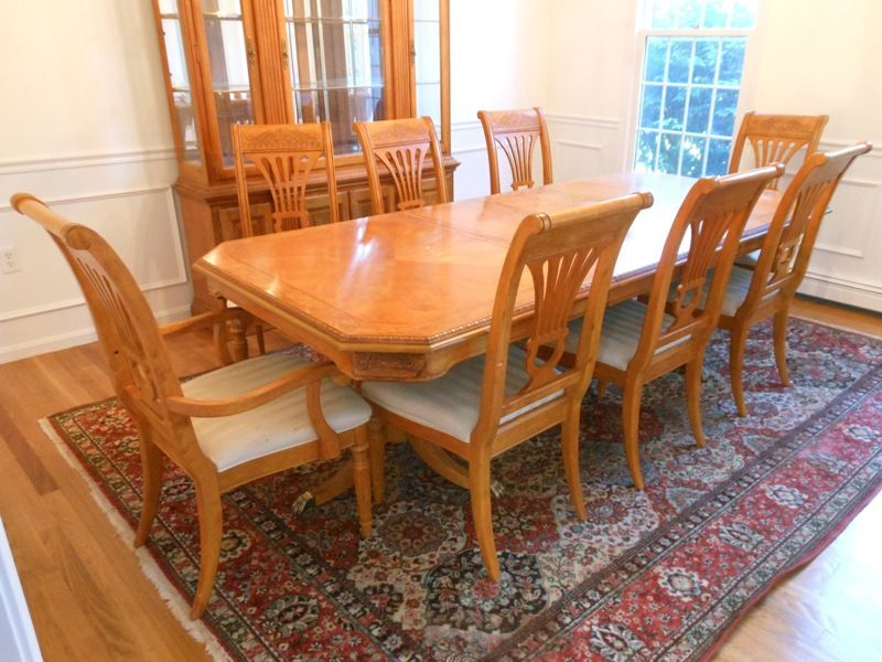 Estate Sale Dining Room Furniture Extraordinary This Maple Dining Set Was Beautifully Crafted In South Carolina Design Ideas