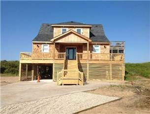 Newly Remodeled For 2013 Call Now To Reserve Your Week Beach Grass Breeze In Sander Outer Banks Vacation Rentals Outer Banks Rentals Outer Banks Vacation