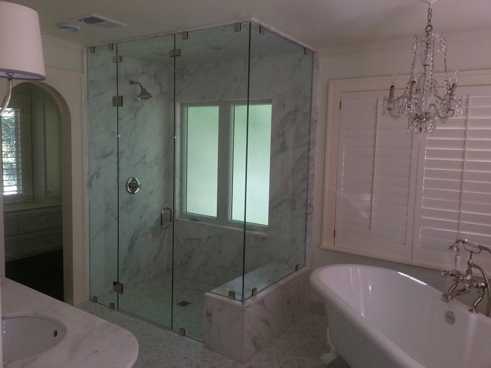 Classic Framed Shower Enclosure With Patch Fitting Hardware | Binswanger  Glass