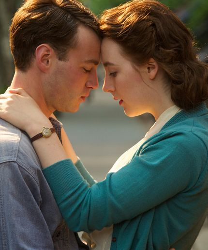 The Fall Romance We Can't Wait For You To See #refinery29  http://www.refinery29.com/2015/07/91669/brooklyn-movie-fall-romance