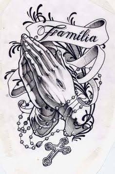 Tattoos Femininas nas Mãos Orando