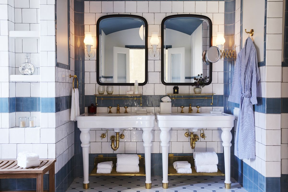 An Erstwhile Brewery Hotel Emma Balances Grit And Glamour Hotels - Bathroom tile san antonio