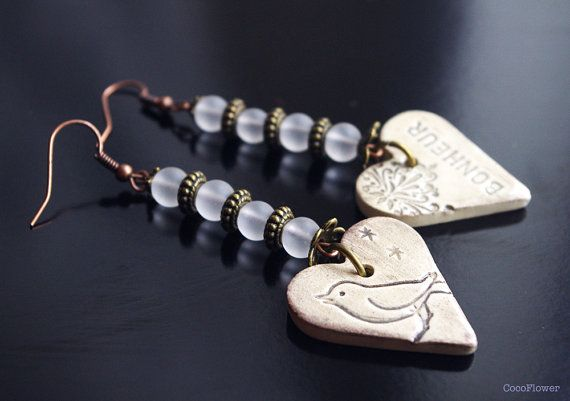 Be Happy heart earring / Bonheur quote jewelry / by CocoFlowerShop