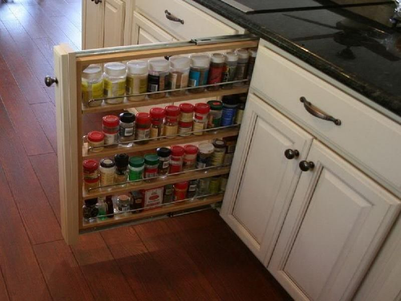 Narrow pull out spice rack | Kitchen Inspiration | Pinterest ...