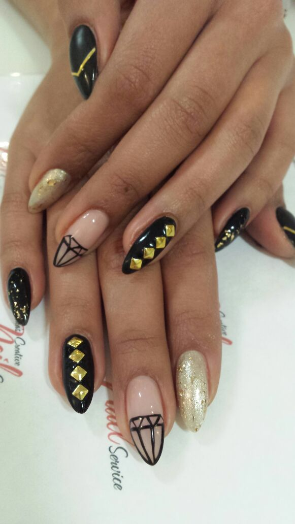 BLACK AND GOLD NAIL ART STUDDED STYLE