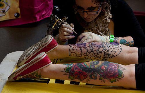 Pin De Adrian O En Body Art Tatuajes Al Azar Tatuaje De Ternero