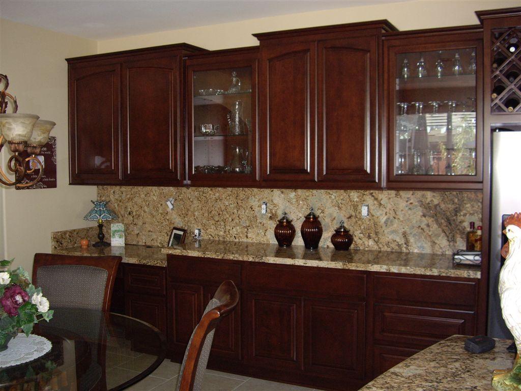Image Result For Images Shaker Style Cabinets With Arched Doors Schrank Kuche Kuchenschrankturen Glasschrankturen