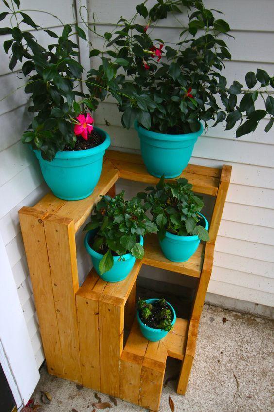 DIY 3 Tiered Corner Plant Stand
