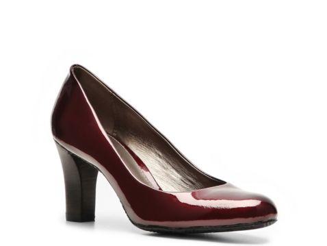 Liz claiborne johnnie patent pump dsw in store for Dsw designer shoe warehouse home office
