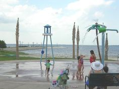 Lakefront Park Splashpad, St. Cloud, FL   #Vortex #Splashpad   www.vortex-intl.com