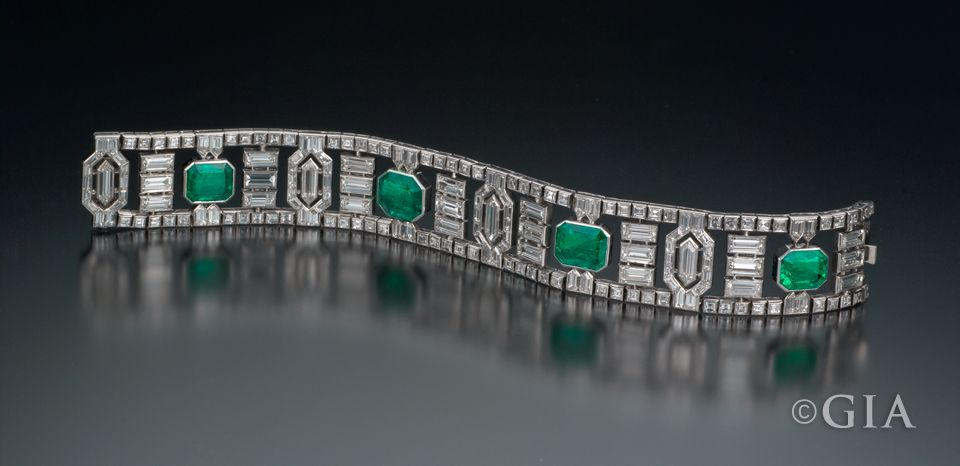 Geometric Jewelry Design Diamond bracelets Bracelets and Emeralds