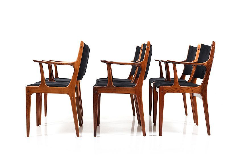 Set Of Six Dining Chairs In Rosewood By Johannes Andersen For