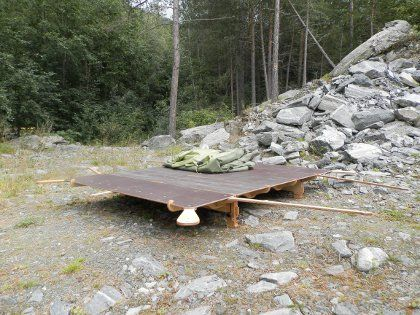 The portable tent platform makes it possible to build a tent well above humpy or sloping ground, especially when traveling with a car and of...