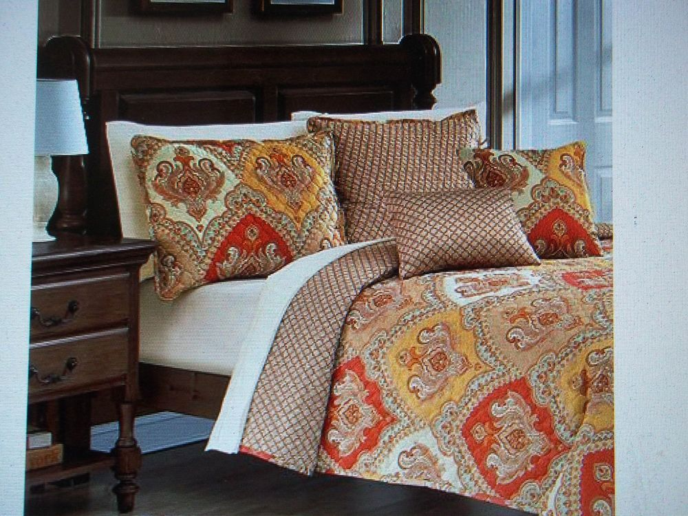 Paisley Bedding Master Bedroom