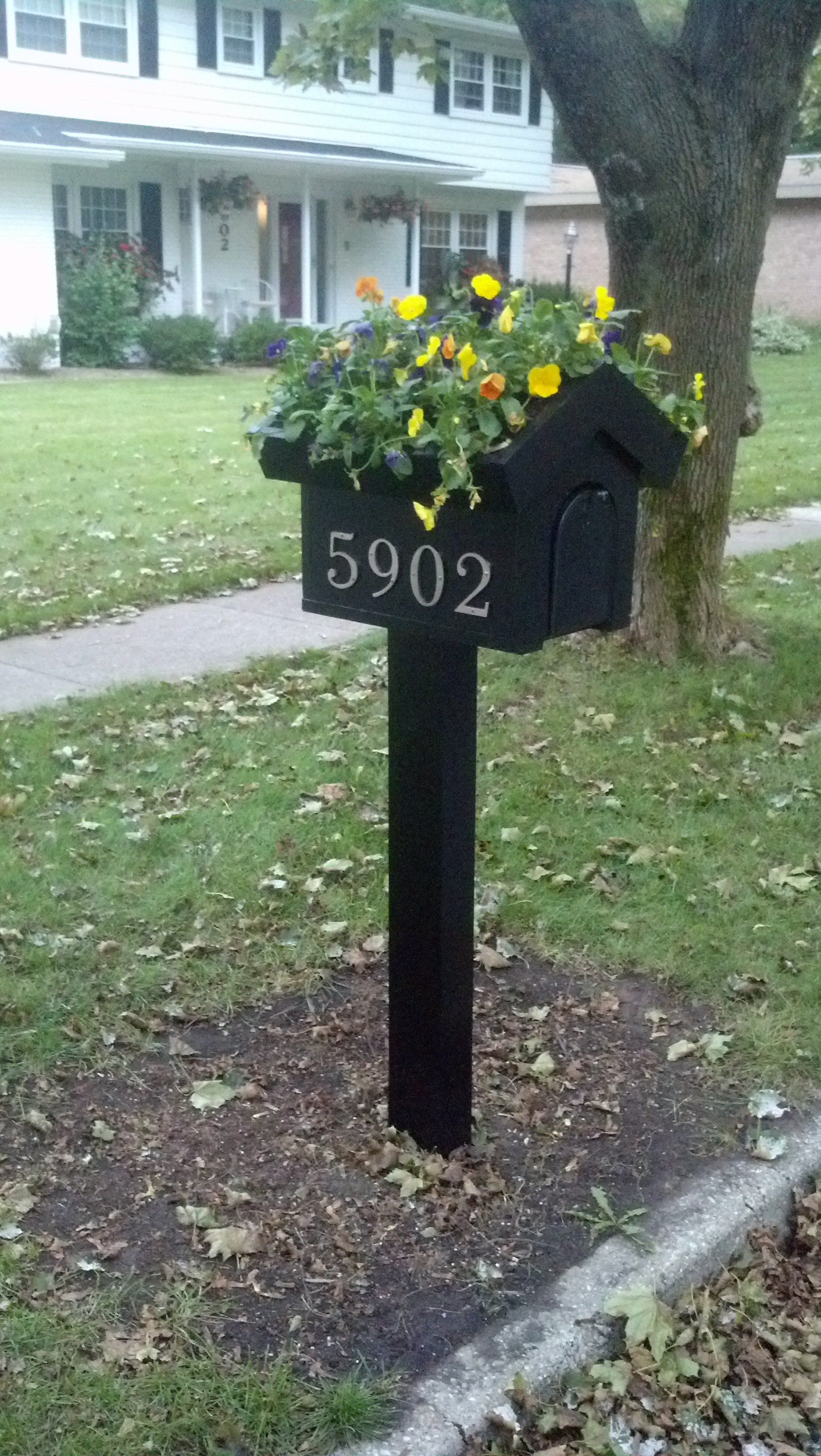 Bru Coffee Green Garden Green Roof Mailbox With Pansies Rear Access Door Too