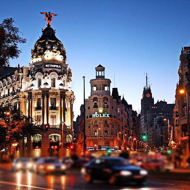 Buenas noches, buscamos localización en MADRID. ¿tienes una propiedad con buen emplazamiento y diseño? Si te interesa una colaboración, contáctanos: info@thesuites.es #madrid #newdestinations #design #thesuites #nohotels