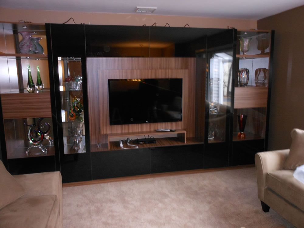 Black Glass Wall Unit Victor With Mounting Panel Black