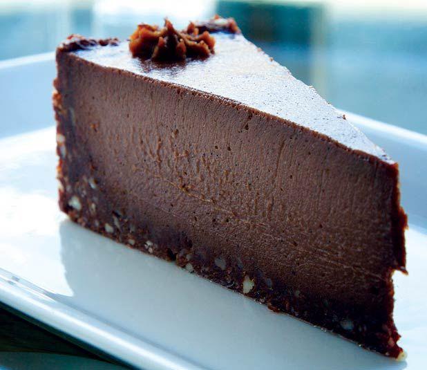 Healthy raw chocolate cake