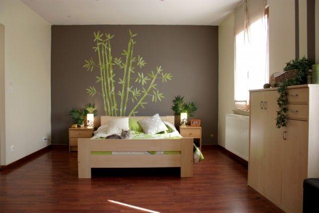 Chambre Zen Idees Atmosphere Chambre Coucher Papier Peint Gris Motifs Bambou Linge Lit Blanc Vert Pal Bedroom Green Gold Wallpaper Bedroom Green Brown Bedrooms