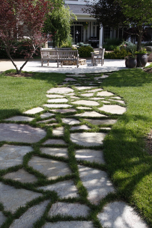 Beautiful Yet Easy Maintenance With A Stone Mowable Walkway Backyard Walkway Garden Walkway Green Backyard
