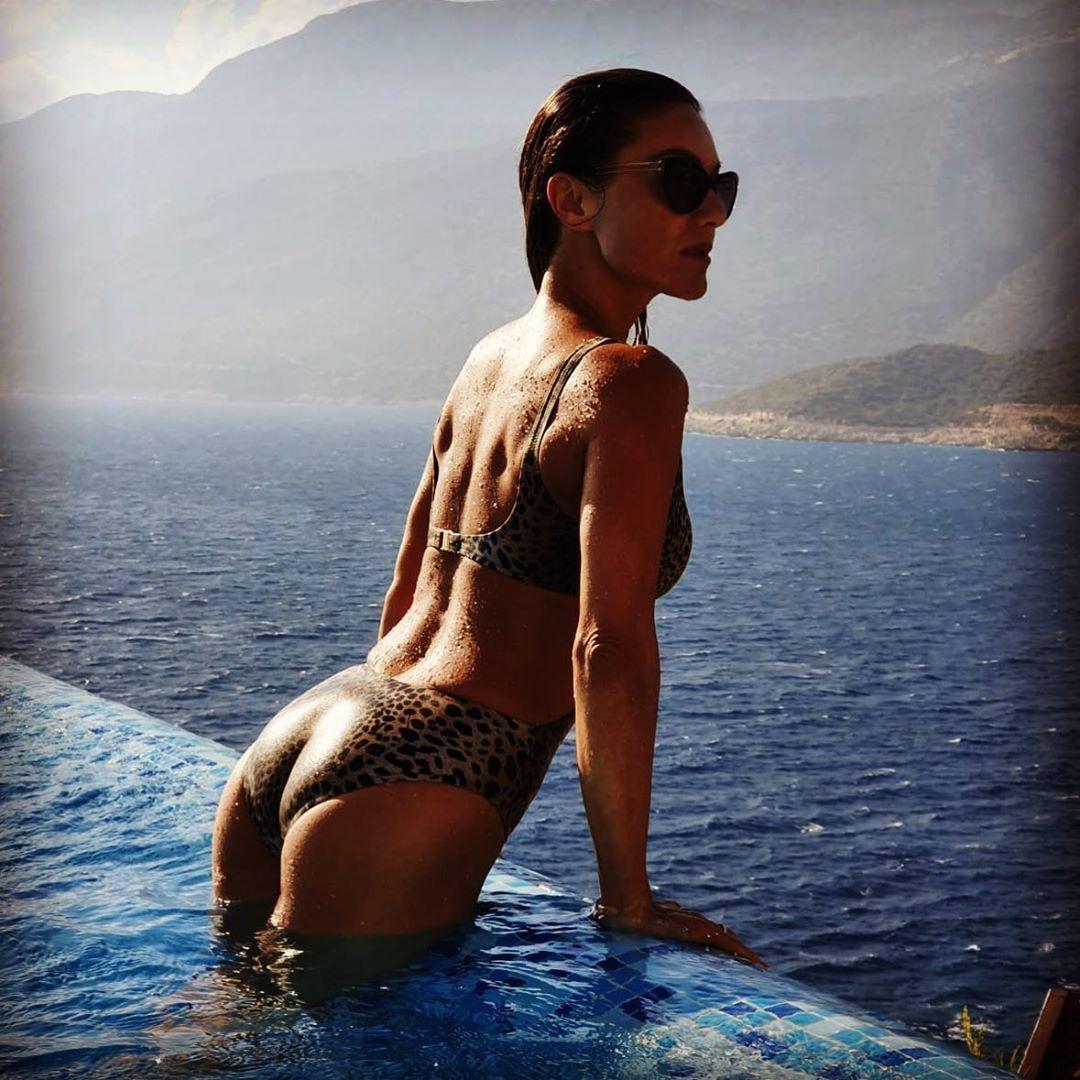 Bikini nazan eckes Nazan Eckes