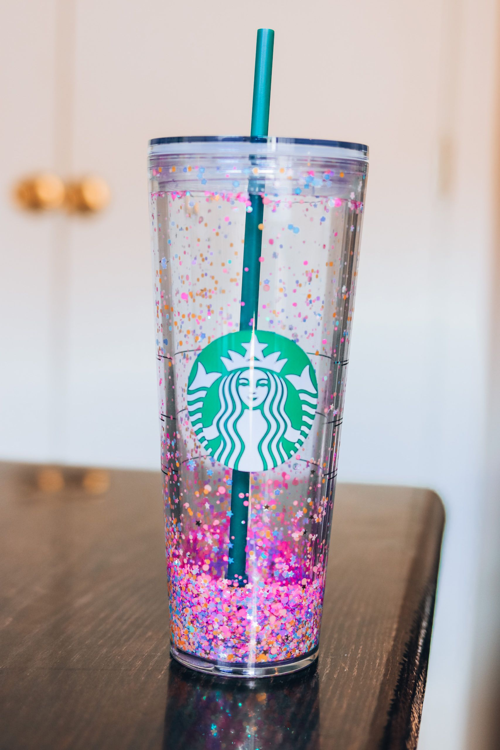 How to make a glitter tumbler with floating confetti