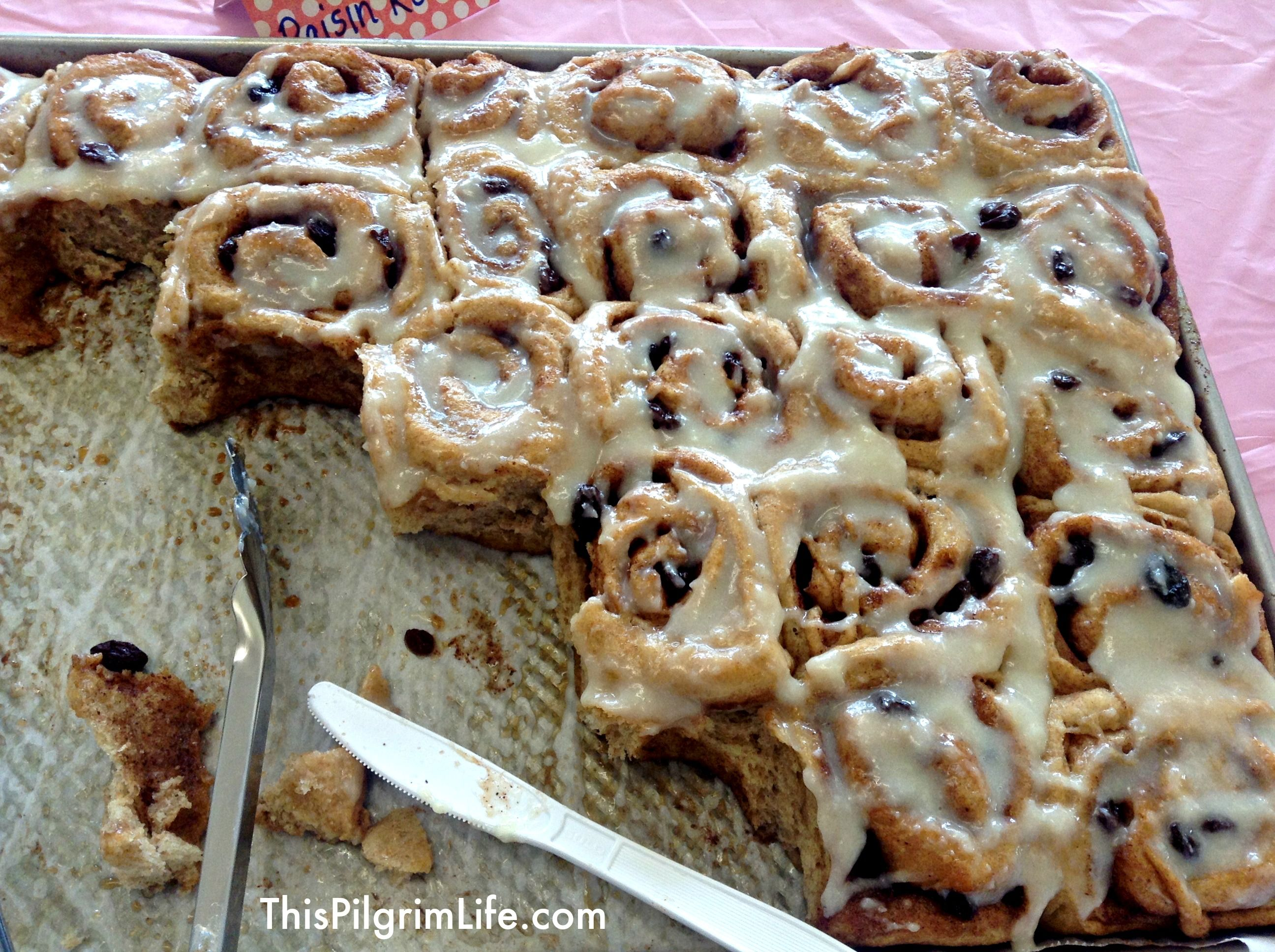 make ahead cinnamon rolls for a crowd feeding friends cinnamon