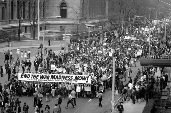 Protesters Demonstrating Against The Vietnam War New York City April 27 1968