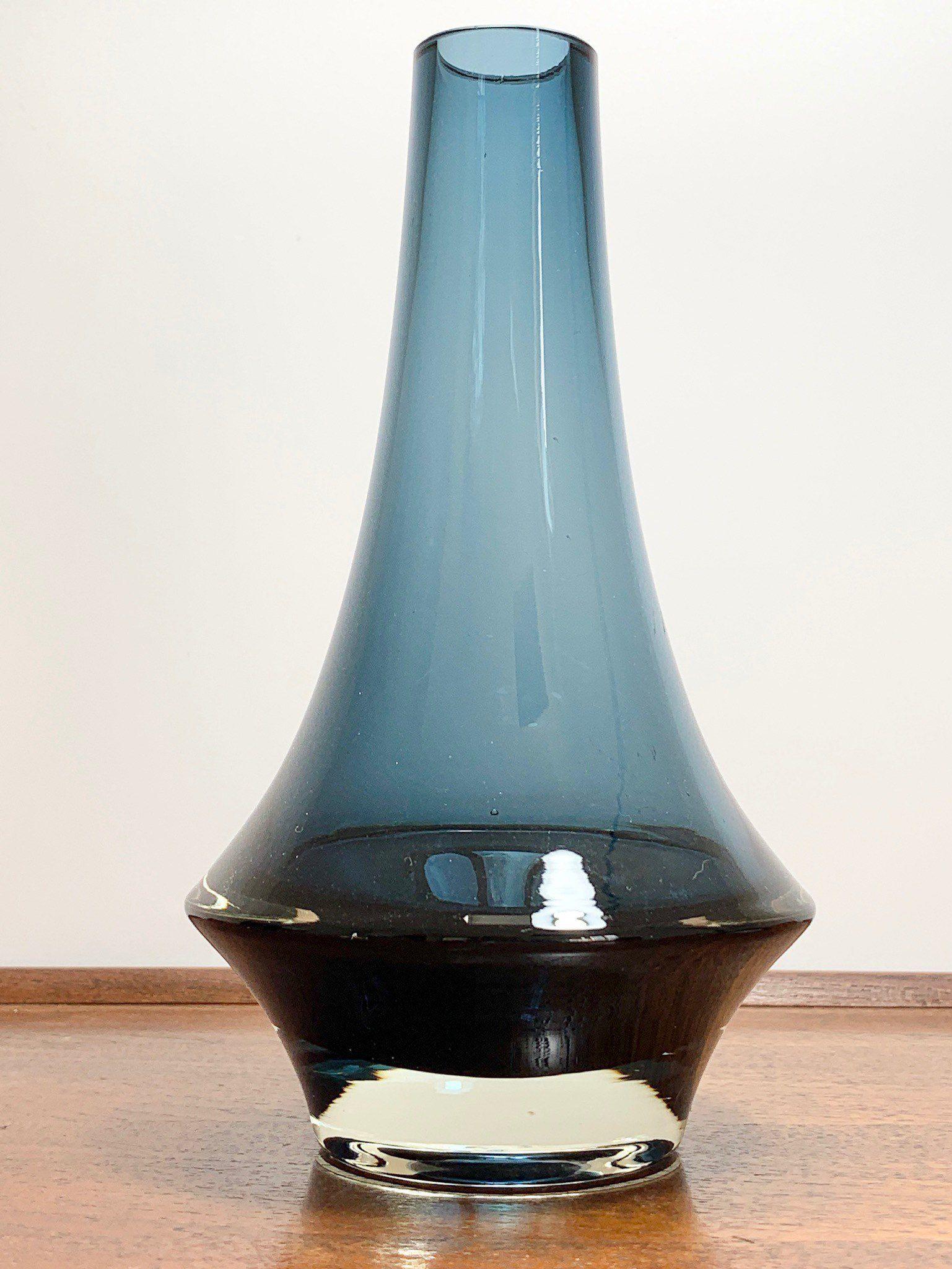 Riihimaki Midnight Blue Glass Vase Rocket 1960s 1970s Vintage Scandinavian Finnish Retro