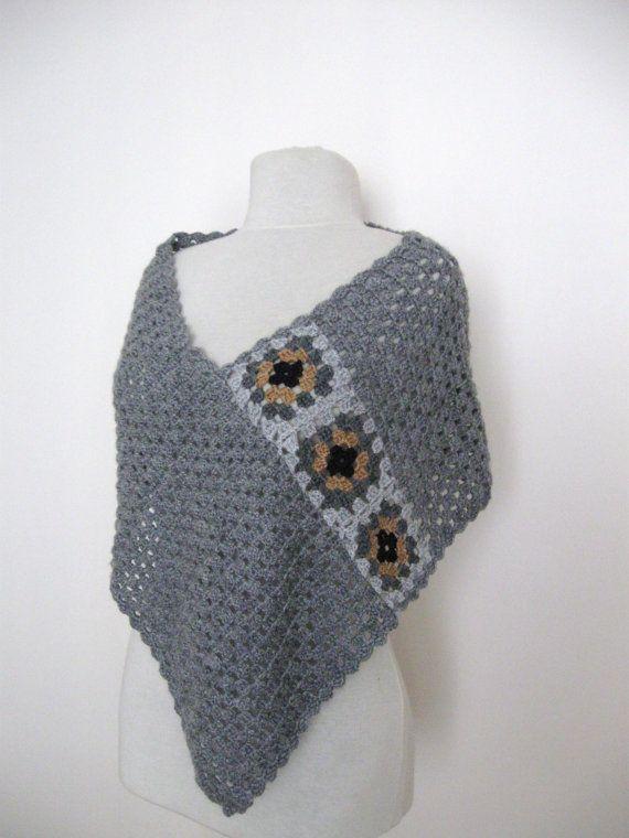 Gehäkelte grauen Poncho mit Oma quadratischen von KnitAndWedding ...
