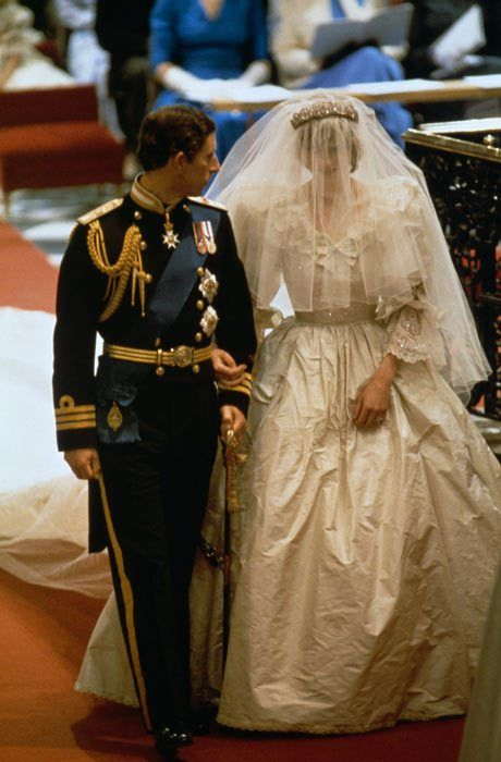 At The Point When The Bells Of St Paul S Rang Out For The Wedding Princess Diana Wedding Diana Wedding Princess Diana Wedding Dress
