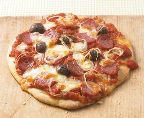 SalamiPizza Rezept Pizza rezept, Rezepte und Pizza salami