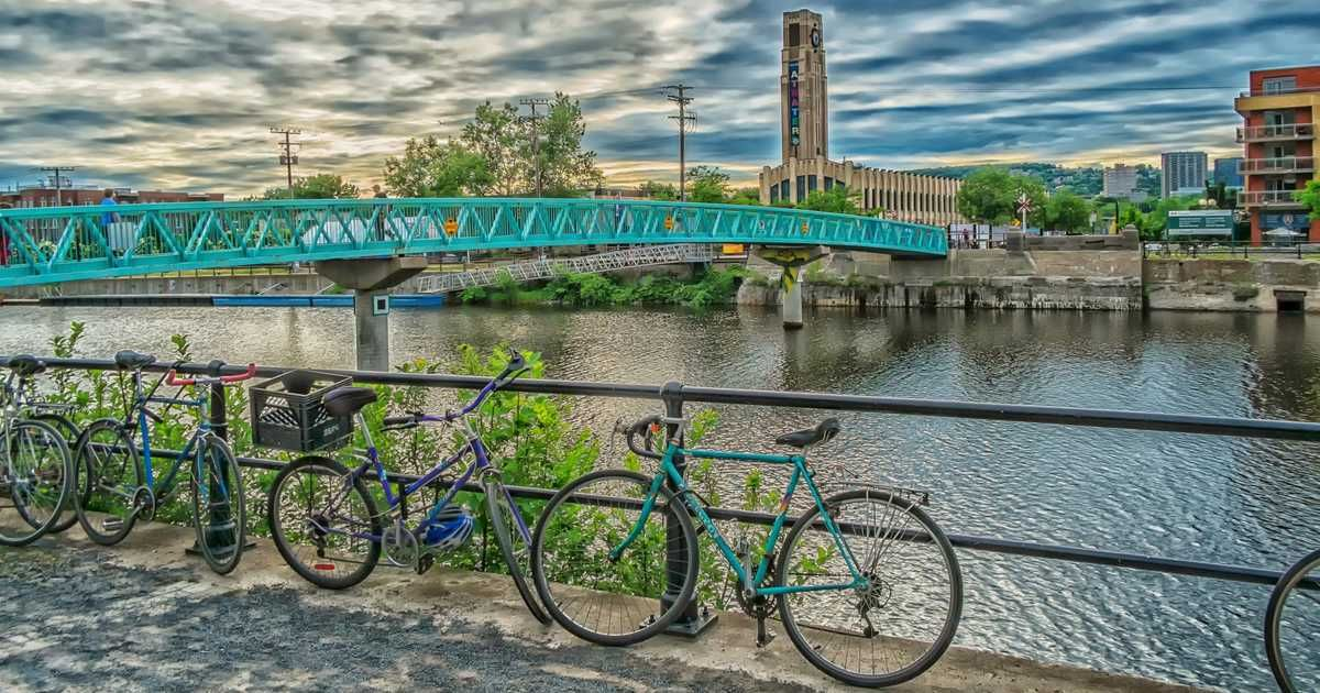 Montreal's AllNew Lachine Canal Bike Path Is Now Finally