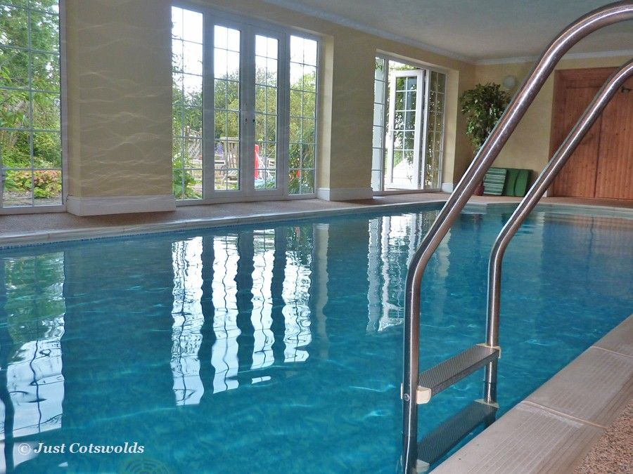 Beautiful Holiday Apartment With Private Indoor Heated Swimming Pool