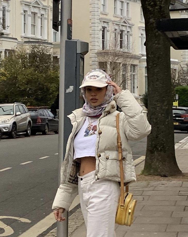 Pin by Zahra Enayat on Outfits. | Dress like a parisian ...